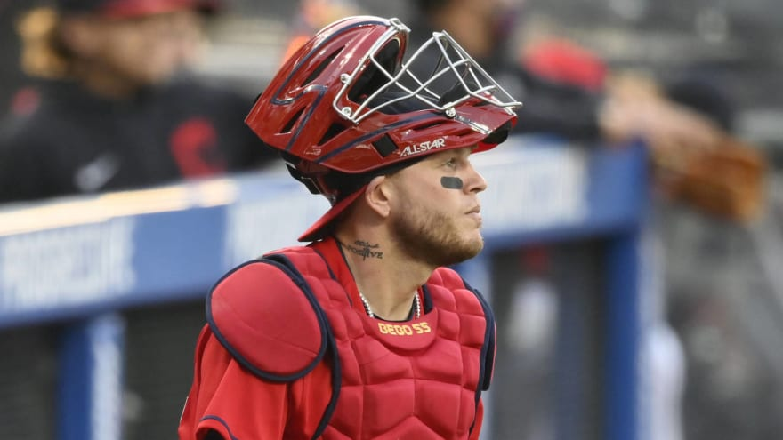 Indians place catcher Roberto Perez on 10-day IL