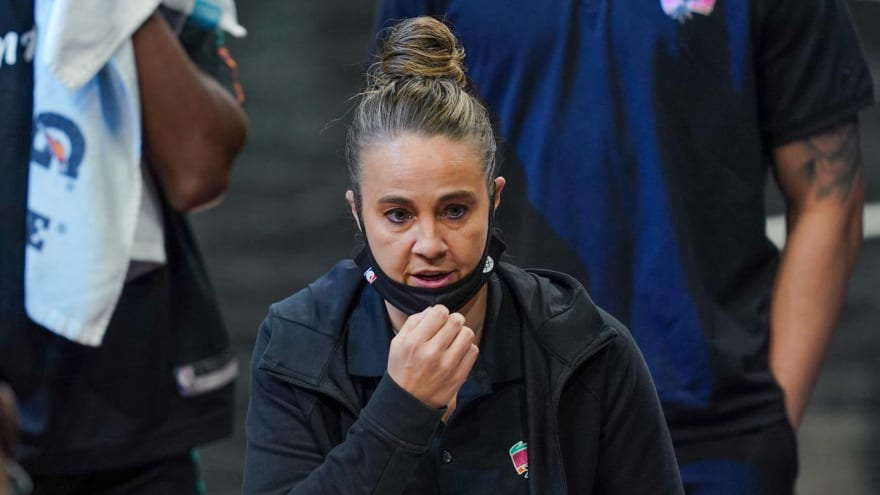 Becky Hammon to interview for Blazers, Magic HC jobs