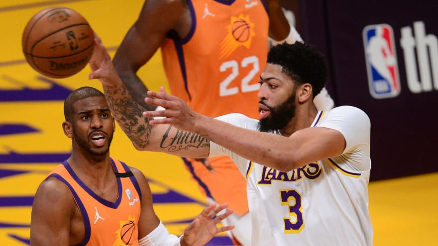 Anthony Davis leaves Game 4 vs. Suns with groin strain