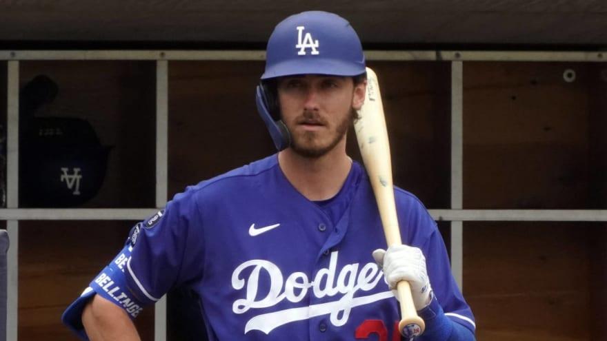 Dodgers star Cody Bellinger has hairline fracture in left leg