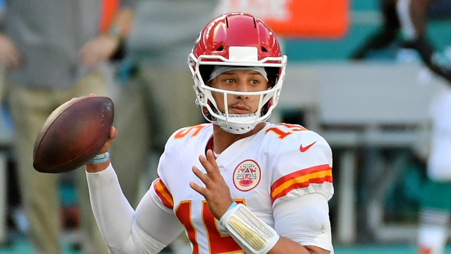 Mahomes has 'love-hate relationship with Hard Rock Stadium'