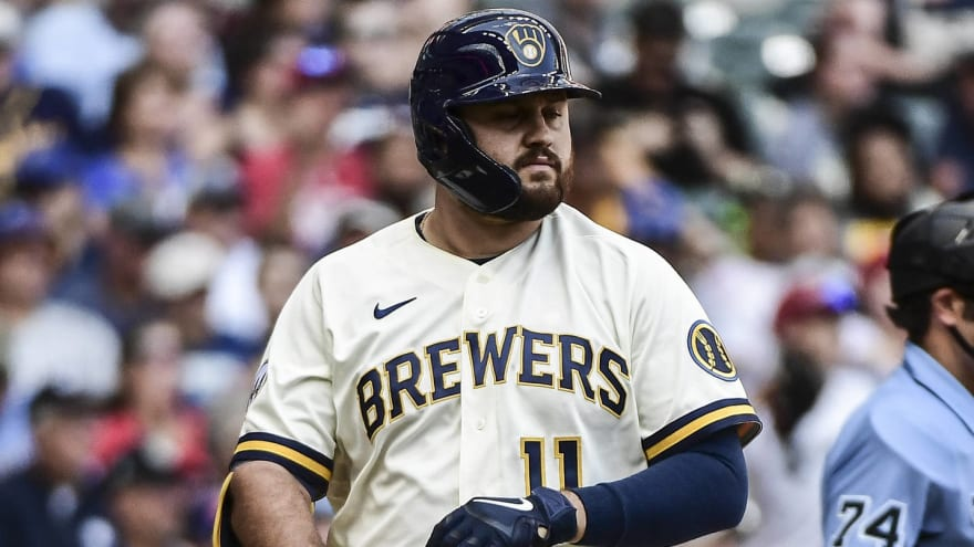 Brewers place Rowdy Tellez on 10-day injured list