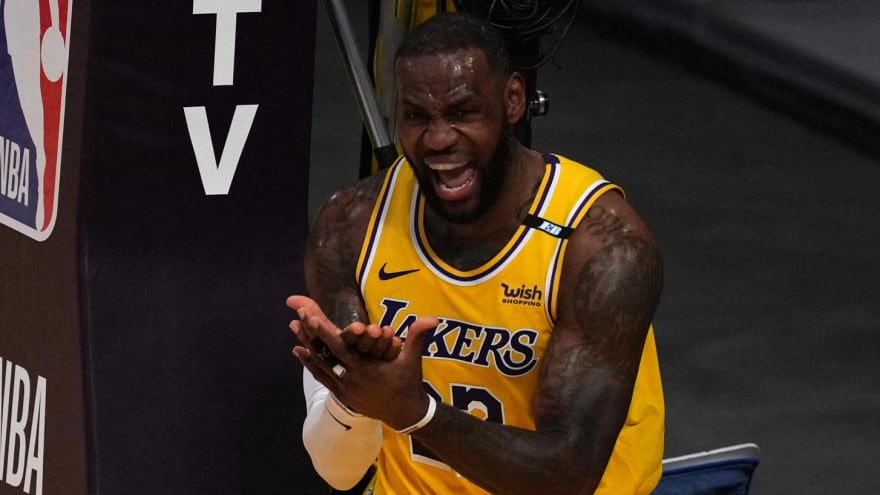 Magic Johnson: LeBron has two years to win title with Lakers