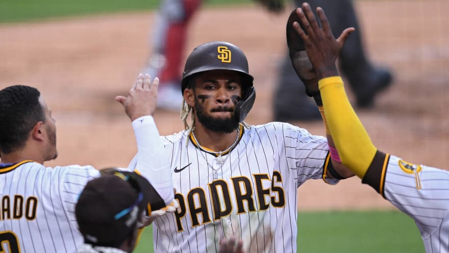 Padres manager on Tatis extension: 'Talent is undeniable'