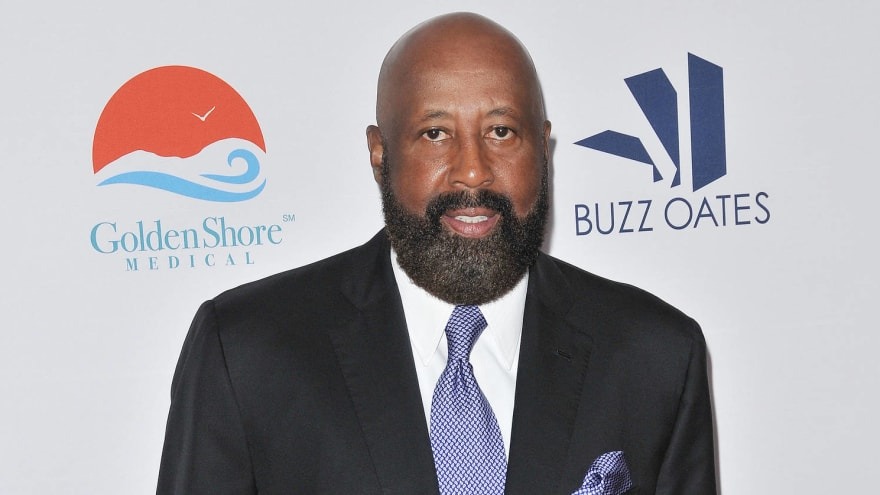 Indiana names Mike Woodson as HC