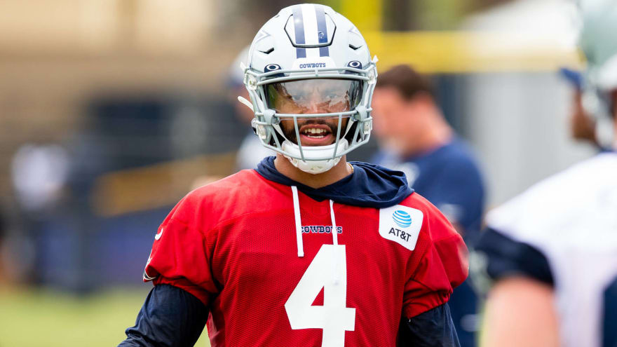 Dak won't throw for at least a few days due to shoulder strain