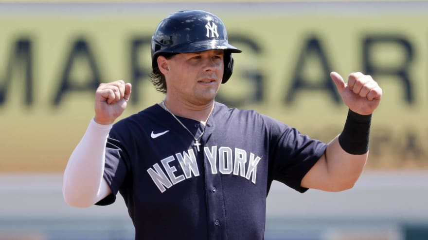 Aaron Boone expects Luke Voit to return in May