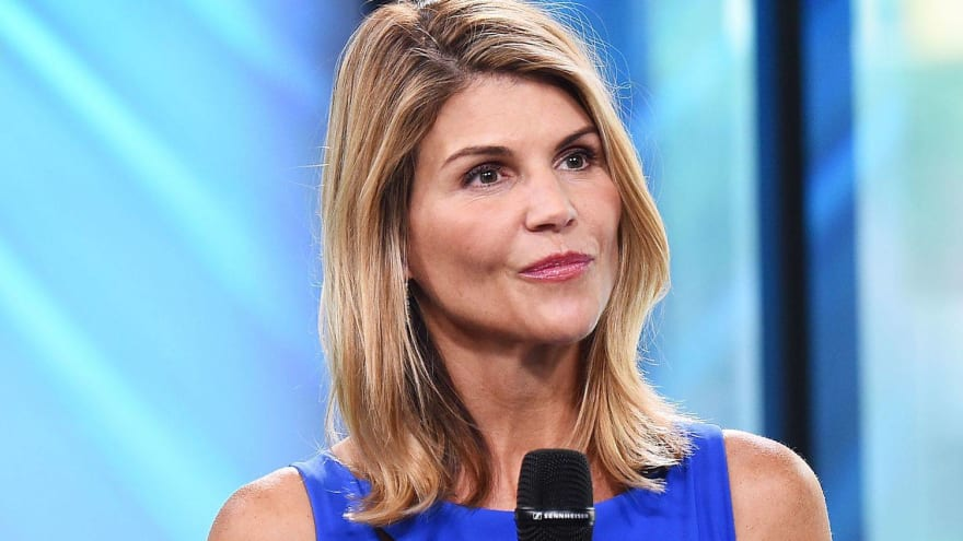Lori Loughlin returns to acting in 'When Calls the Heart' spinoff after college admissions scandal