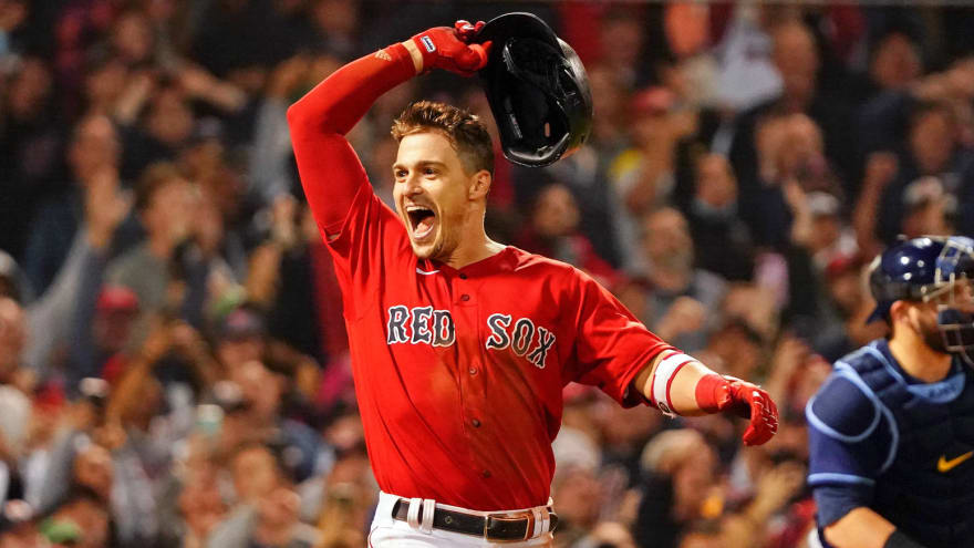 Hernandez hits walk-off sac fly to send Red Sox to ALCS