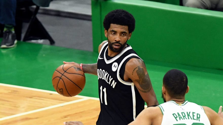 Fan appears to throw bottle at Kyrie Irving after Nets' Game 4