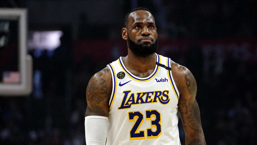 What are the Los Angeles Lakers' biggest playoff weaknesses?