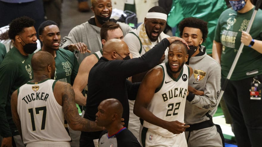 Watch: Confident Milwaukee fans now chanting 'Bucks in 6'