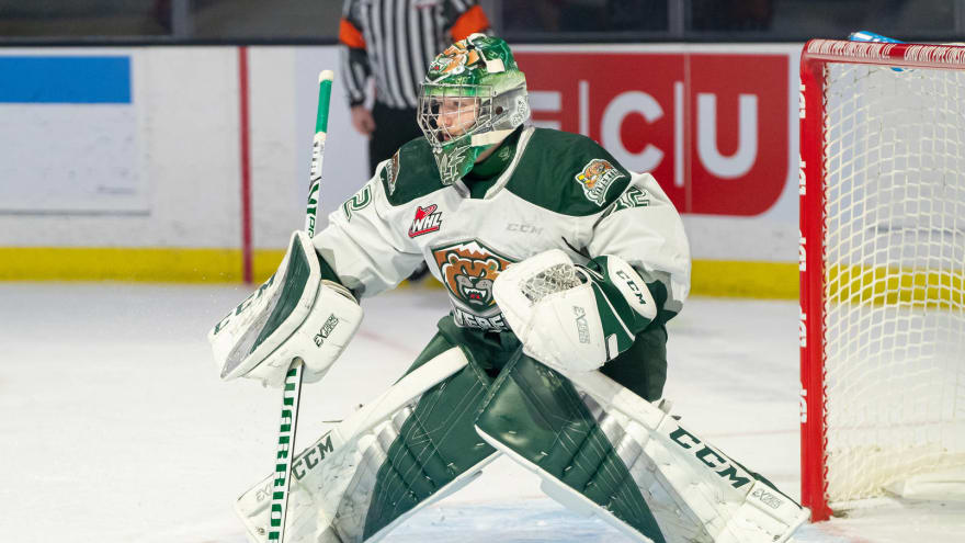 Flames prospect Dustin Wolf wins WHL Goalie of the Year (again)