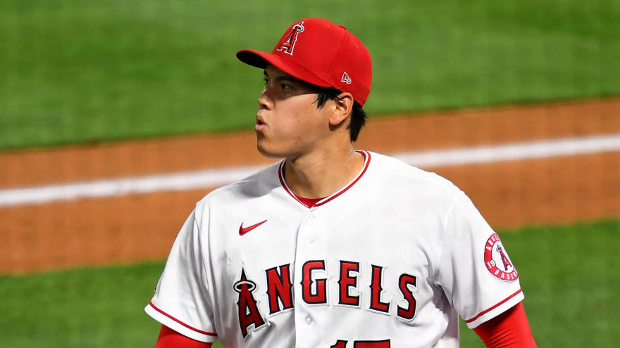 Shohei Ohtani shows off two-way skills before leaving after collision