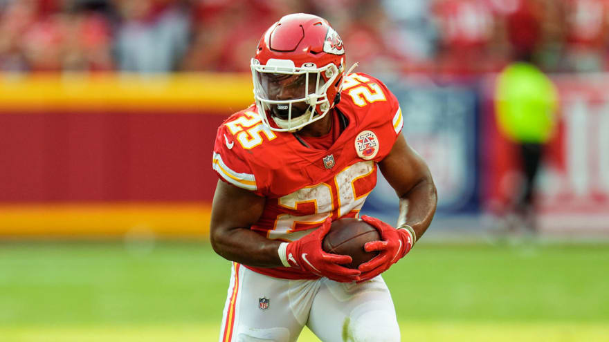 Chiefs RB Clyde Edwards-Helaire on IR with MCL sprain