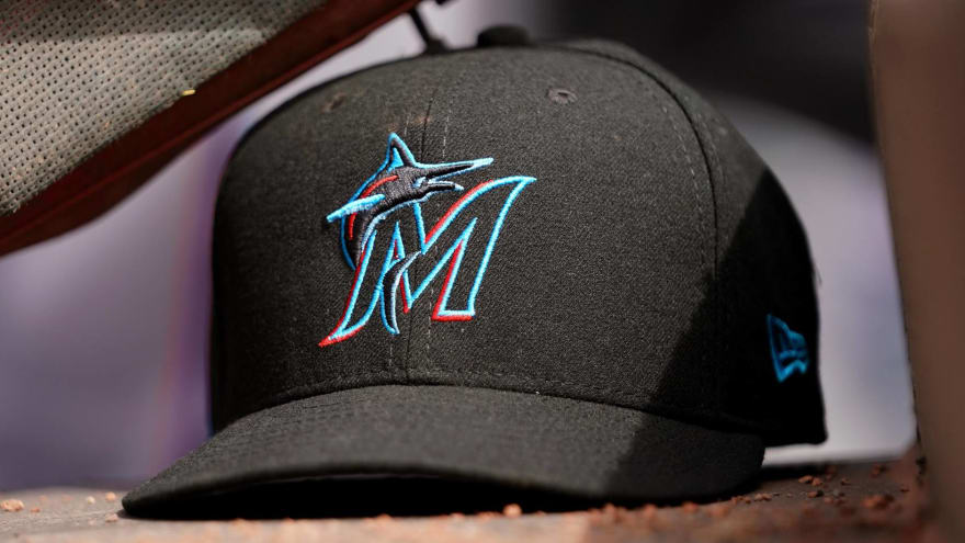 Marlins seeking corner outfield help