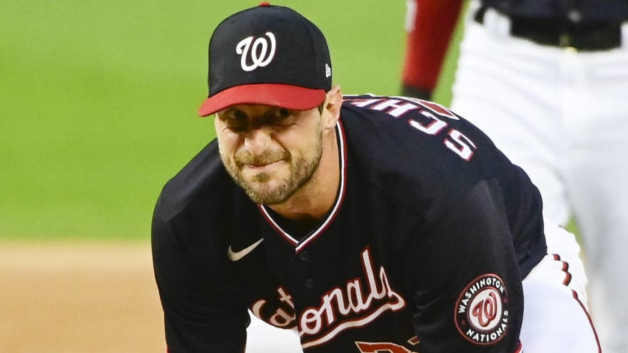 Max Scherzer suffers groin injury in loss to Giants
