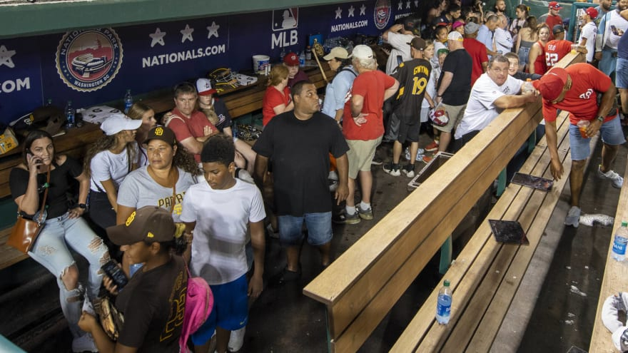 Tatis explains why he opened dugout for fans during shooting