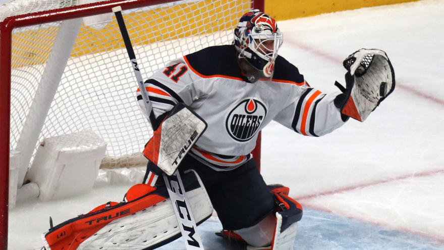 Oilers, goalie Mike Smith progressing on new contract