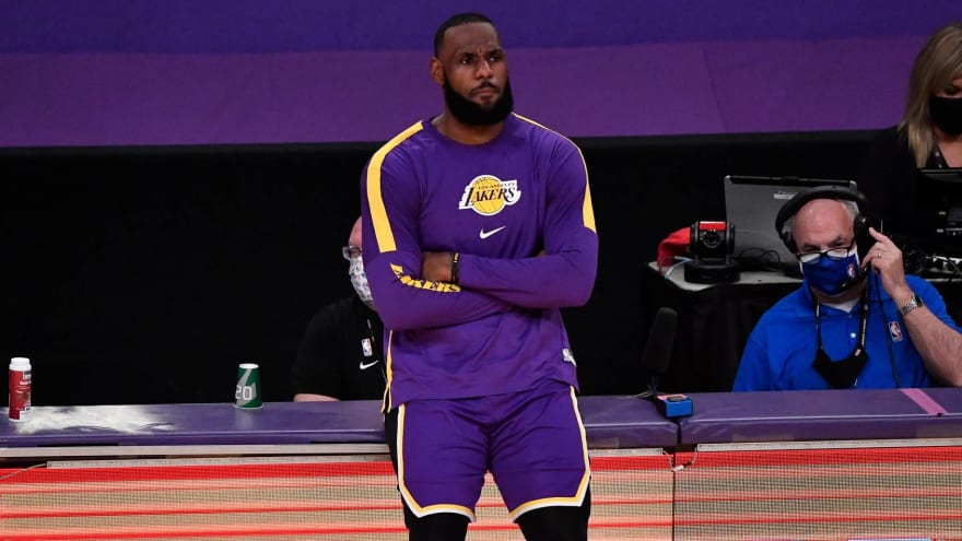 LeBron rips play-in format after Lakers' third-straight loss