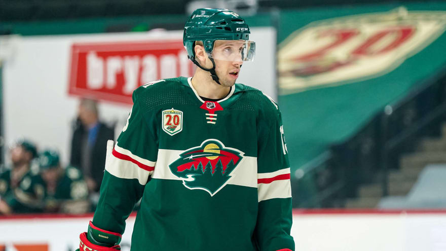 San Jose Sharks to sign veteran C Nick Bonino