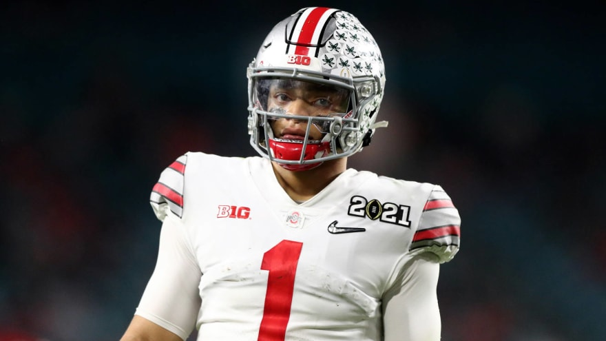Bears, 49ers, Broncos, Pats went to Justin Fields' pro day