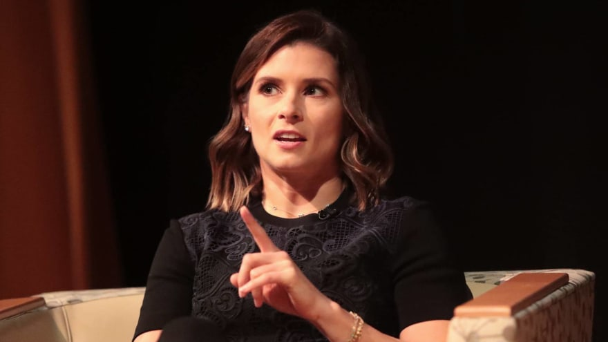 Danica Patrick shares thoughts on dating post-Aaron Rodgers