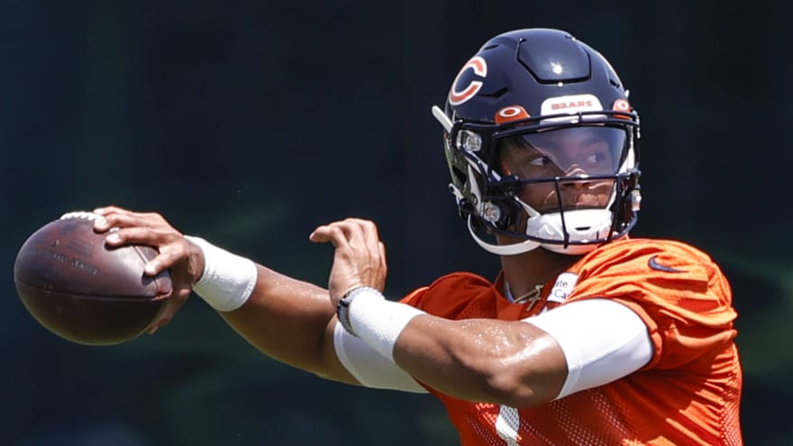 Bears' Justin Fields already drawing rave reviews