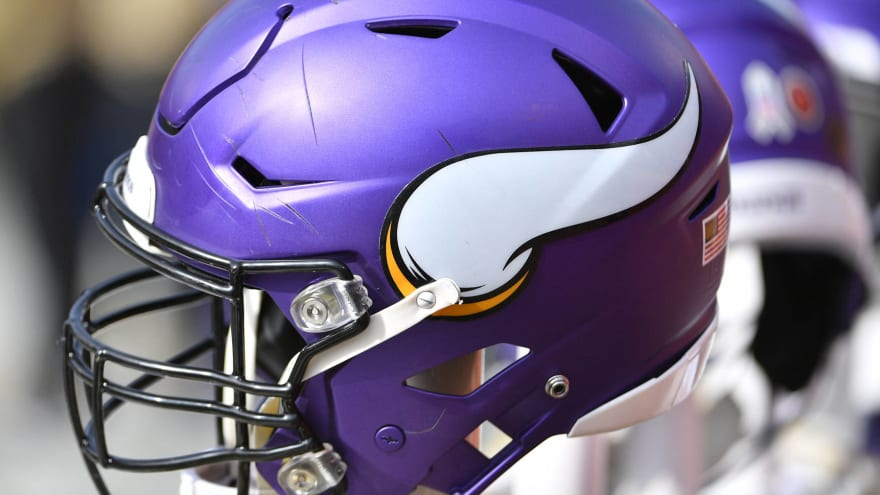 Vikings attempted to trade into second round Friday night