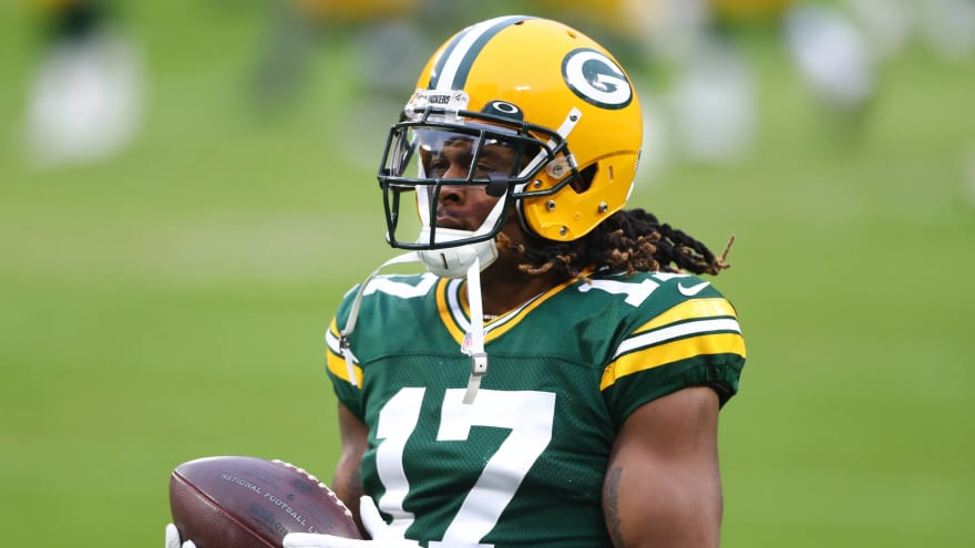 Packers' Davante Adams, other WRs to attend minicamp amid Aaron Rodgers' absence