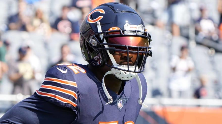 Bears star Khalil Mack leaves game with foot injury