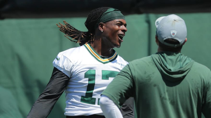 Packers' Adams won't skip training camp if no extension