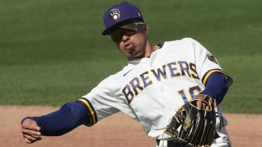 Brewers place Kolten Wong on IL with oblique injury