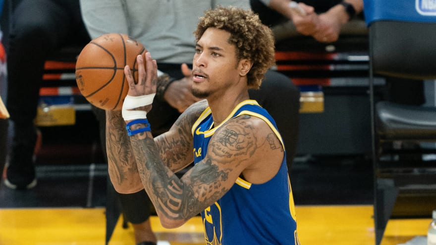 Kelly Oubre Jr. to miss play-in tourney with wrist injury