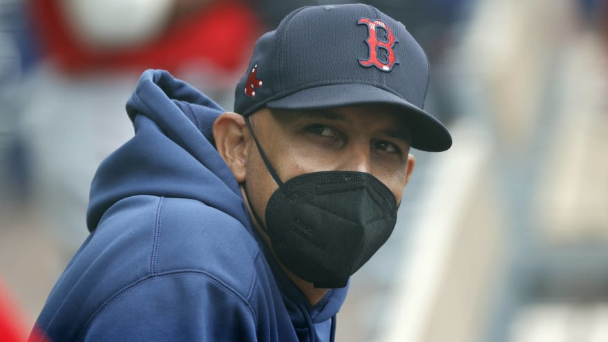 Alex Cora expects at least 85% of team to get vaccinated