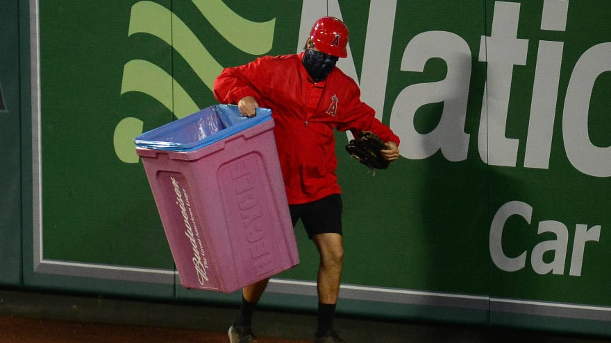 Angels fans troll Astros by tossing trash cans onto field