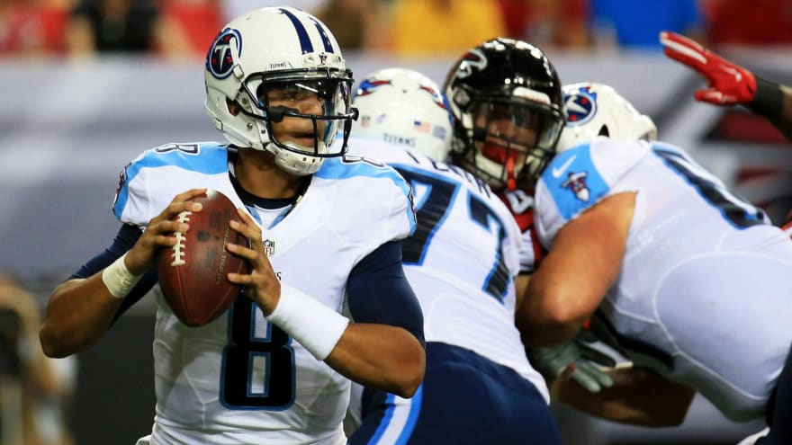 Mariota receives rough welcome to NFL in preseason debut