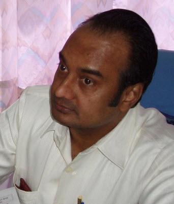 Dr Nikhil Patel