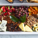 Cheese, fruit & nuts (pp)