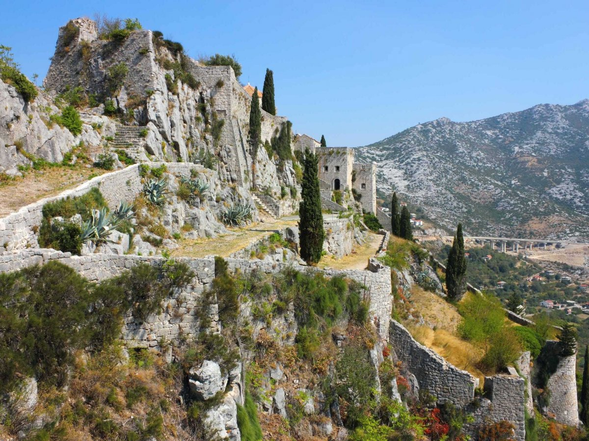 Klis Fortress in Split, Croatia | game of thrones by boat