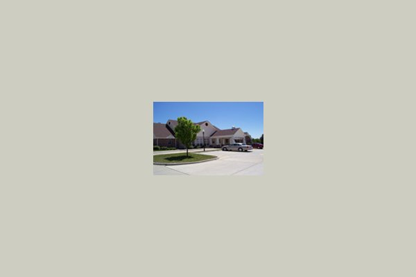Bickford - Champaign Cottage* 6438