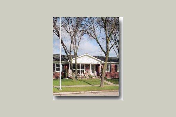 Cunningham's Trenton Senior Residence 8095