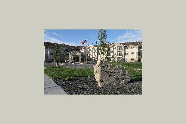 Vineyard Suites at Indian Creek 25023