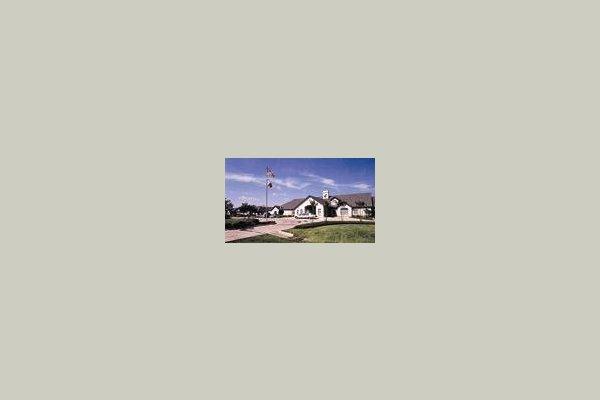 Carriage Inn at Lake Jackson 27822