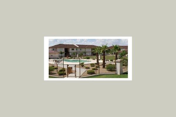 Desert Gardens 19590