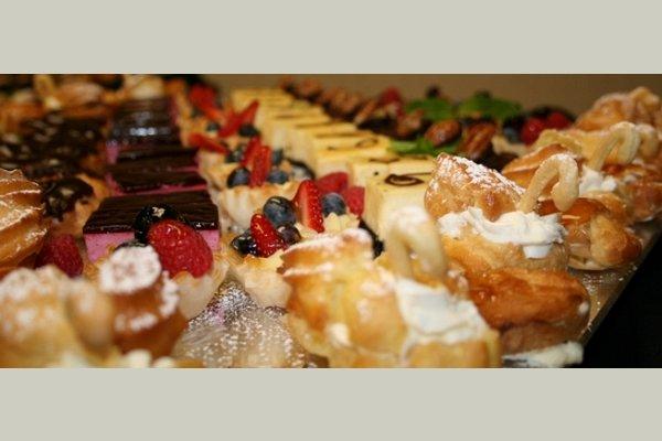 Williamsburg Villas thumb_dining-b-pastry