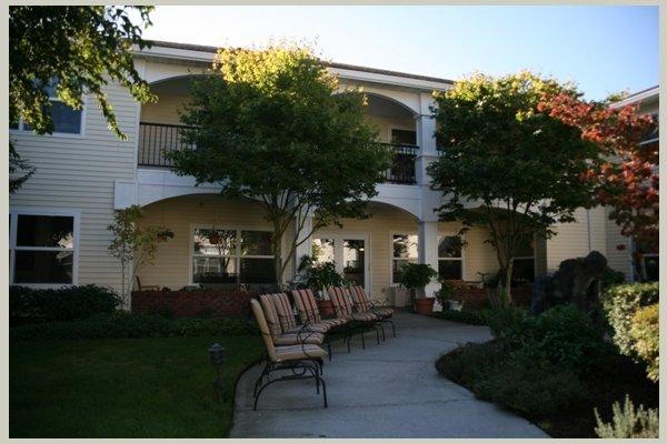 Bridgewood at Four Seasons Retirement & Assis IDV%203779