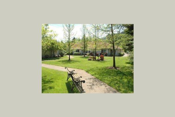 Fox Hollow Residential Care -Eugene 28700
