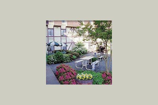 Ginter Hall South 29213
