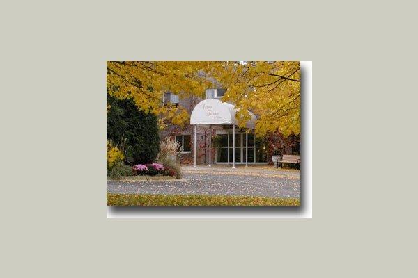 Vernon Terrace of Edina 29667